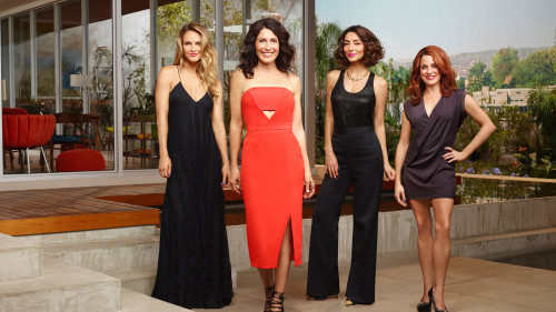 GIRLFRIENDS' GUIDE TO DIVORCE -- Season 2 -- Pictured (L-R): Beau Garrett as Pheobe, Lisa Edelstein as Abby McCarthy, Necar Zadegan as Delia, and Alanna Ubach as Jo -- Photo by Andrew Eccles/Bravo.