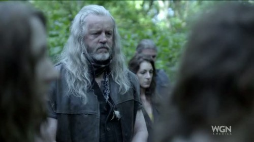 Outsiders - 1x01-09