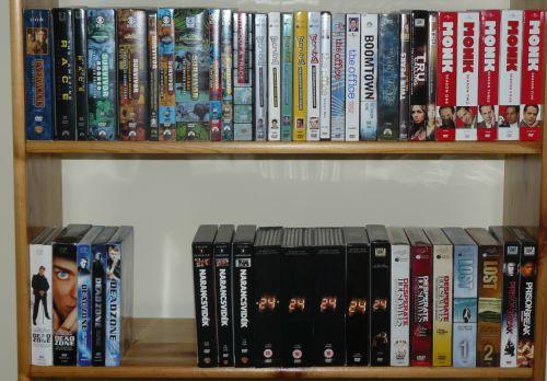 dvd-polc-1-kis.jpg