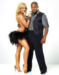 Kyle-Massey-Dancing-With-The-Stars-11-PHOTOS-kis
