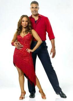 Rick-Fox-Dancing-With-The-Stars-11-PHOTOS-kis