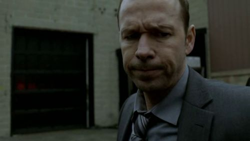 Blue Bloods - 1x01-b