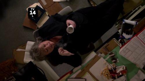Harry's Law - 1x01-b