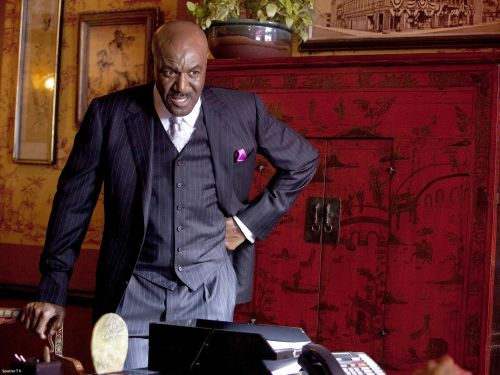 The Chicago Code - Delroy Lindo