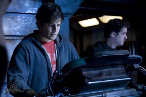 Stargate Universe-02