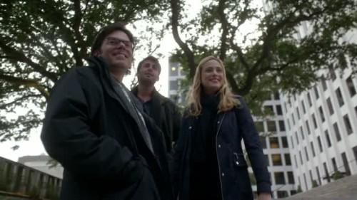 Zoo - 1x13-05