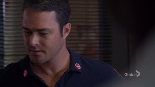 Chicago Fire - 4x01-03