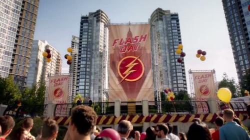 The Flash - 2x01-01
