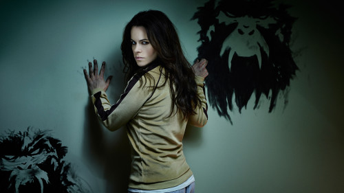 12 MONKEYS -- Season 1 -- Pictured: Emily Hampshire as Jennifer -- Photo by Gavin Bond/Syfy.