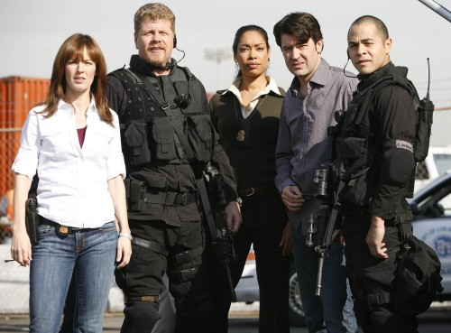 "STANDOFF:  The team (L-R:  Rosemarie DeWitt, Michael Cudlitz, Gina Torres, Ron Livingston and Jose Pablo Cantillo) assesses a hostage situation at the Port of Los Angeles in the STANDOFF episode ""No Strings"" airing Friday, April 6 (8:00-9:00 PM ET/PT) on FOX.  ©2007 Fox Broadcasting Co.  Cr:  Isabella Vosmikova/FOX887"