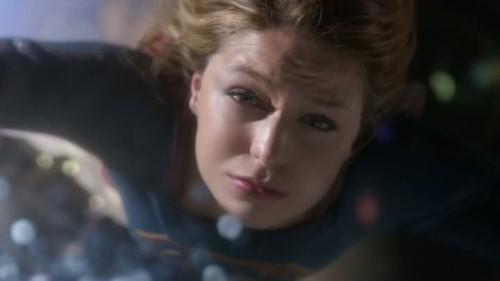 Supergirl-1x20-09