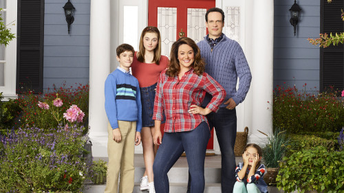 "AMERICAN HOUSEWIFE – ABC's ""American Housewife"" stars Daniel DiMaggio as Oliver, Meg Donnelly as Taylor, Katy Mixon as Meg Donnelly, Diedrich Bader as Greg, and Julia Butters as Anna-Kat. (ABC/Craig Sjodin)"