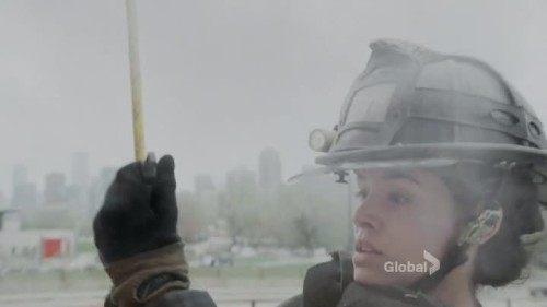 Chicago Fire - 4x23-10