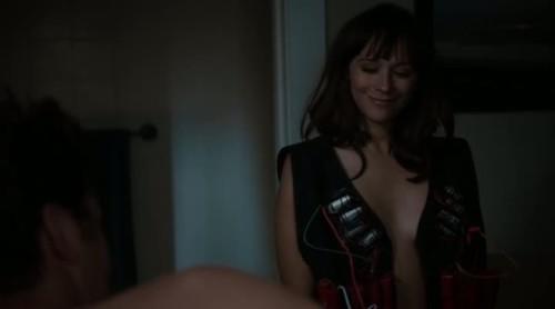 Angie Tribeca - 2x01-01