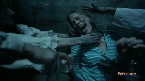 Dead of Summer - 1x01-11
