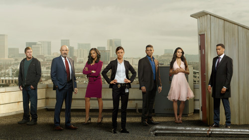 "SECRETS AND LIES – ABC's ""Secrets and Lies"" stars Kenny Johnson as Danny Wade, Terry O'Quinn as John Warner, Mekai Cox as Amanda Warner, Juliette Lewis as Detective Cornell, Charlie Barnett as Patrick Warner, Jordana Brewster as Kate Warner, and Michael Ealy as Eric Warner. (ABC/Bob D'Amico/Craig Sjodin)"