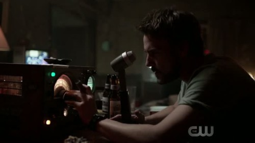 frequency-1x01-02