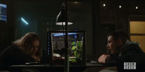 travelers-1x07-05
