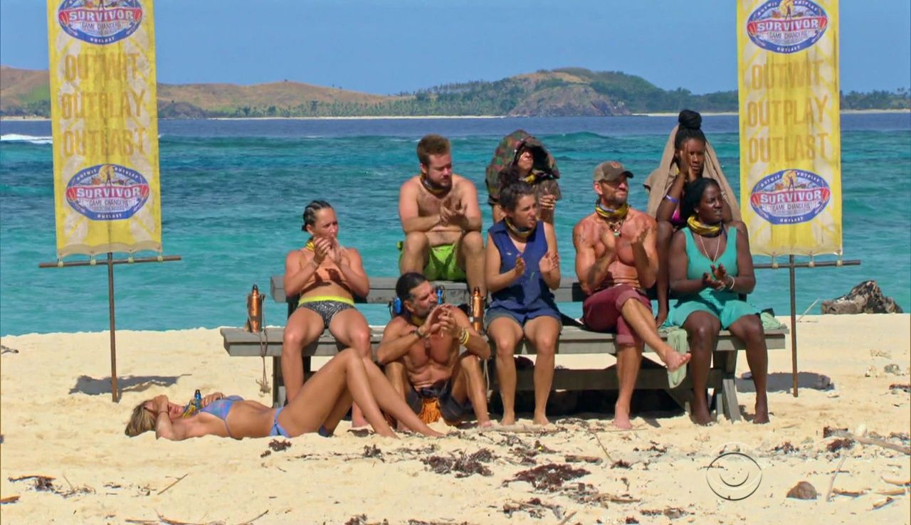 naked-pictures-of-survivor