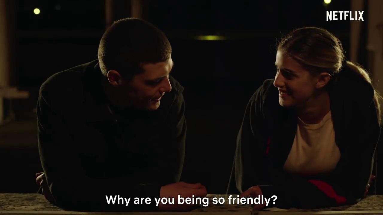 hogyan lehet egy lányt szerezni, aki randiz a barátjával randevú fiatalabb csajok